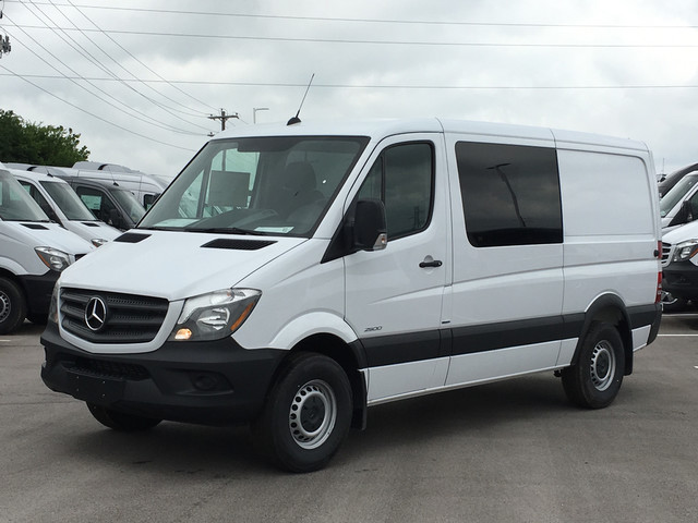pre owned 2016 mercedes benz sprinter 2500 crew van crew. Black Bedroom Furniture Sets. Home Design Ideas